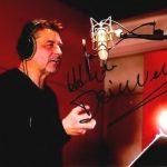"""""""Mój głos wygrał w Warner Bross"""" – wywiad z Arturem Dziurmanem"""